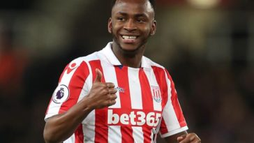 Sadio Berahino playing for Stoke City