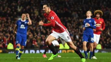 Zlatan Ibrahimovic scores a late penalty for Manchester United against Everton