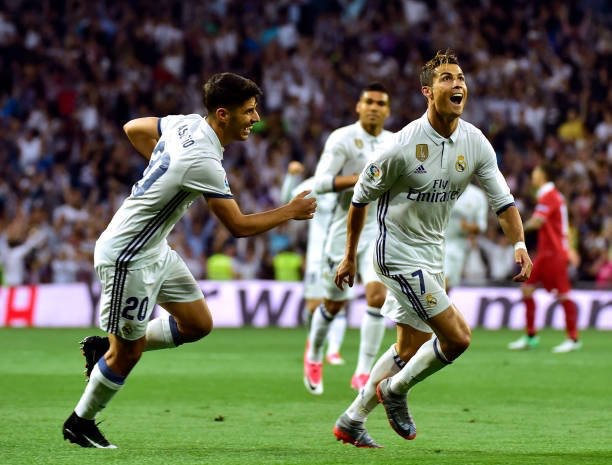 Ronaldo scores for Real Madrid against Sevilla