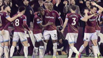 West Ham celebrate their equaliser against Liverpool