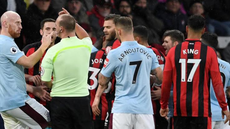 Marko 'Arnoutovic' Arnautovic and his misspelled shirt at West Ham
