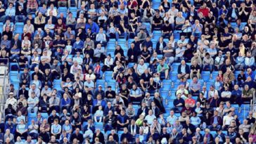 premier league fans return to stadiums